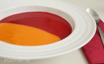 Crema de dos colores con crujiente de jam n de pato for Cocinas en dos colores